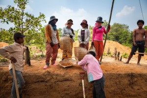 Local villagers work at ADF's excavation site in Phnom Kulen. Siem Reap Province, Cambodia.